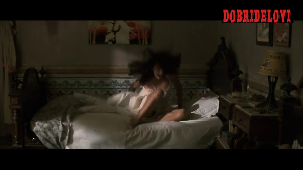 Penélope Cruz must watch clip from Belle Epoque