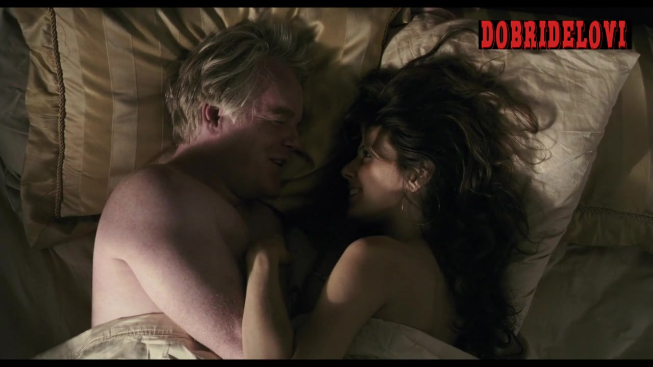 Marisa Tomei sexy in bed with Philip Seymour Hoffman