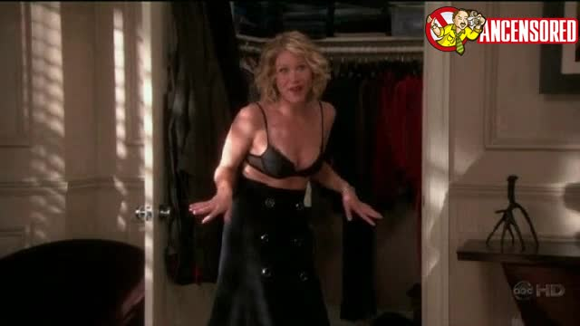 Christina Applegate scene in Samantha Who