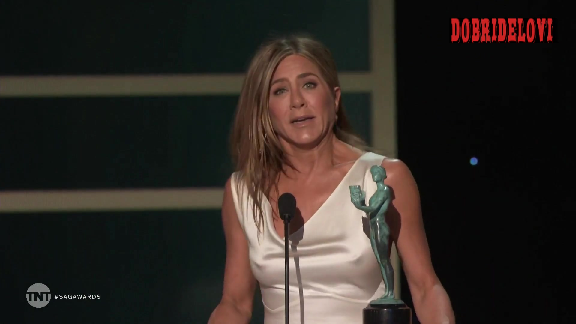 Jennifer Aniston sexy pokies at the 26th Annual Screen Actors Guild Awards