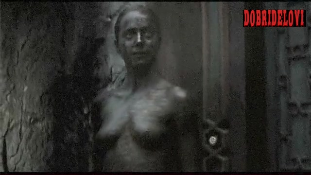 Isabel Lucas posing nude as a statue for Immortals