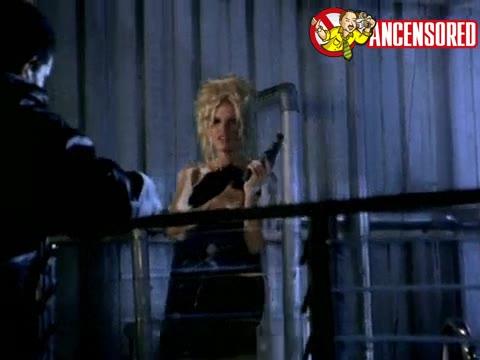 Pamela Anderson sexy scene