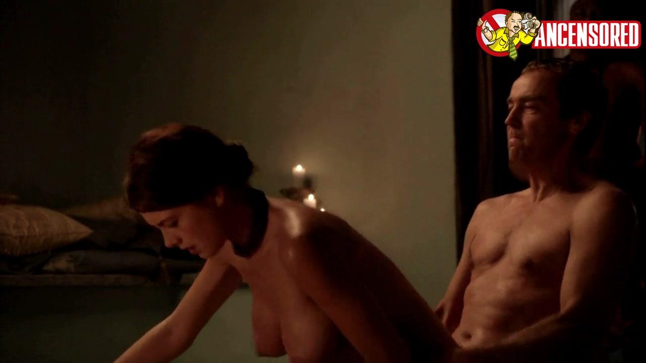 Nude laura surrich Laura Surrich