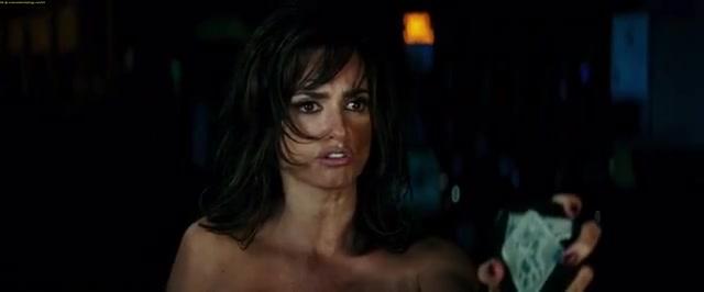 Penélope Cruz sexy scene