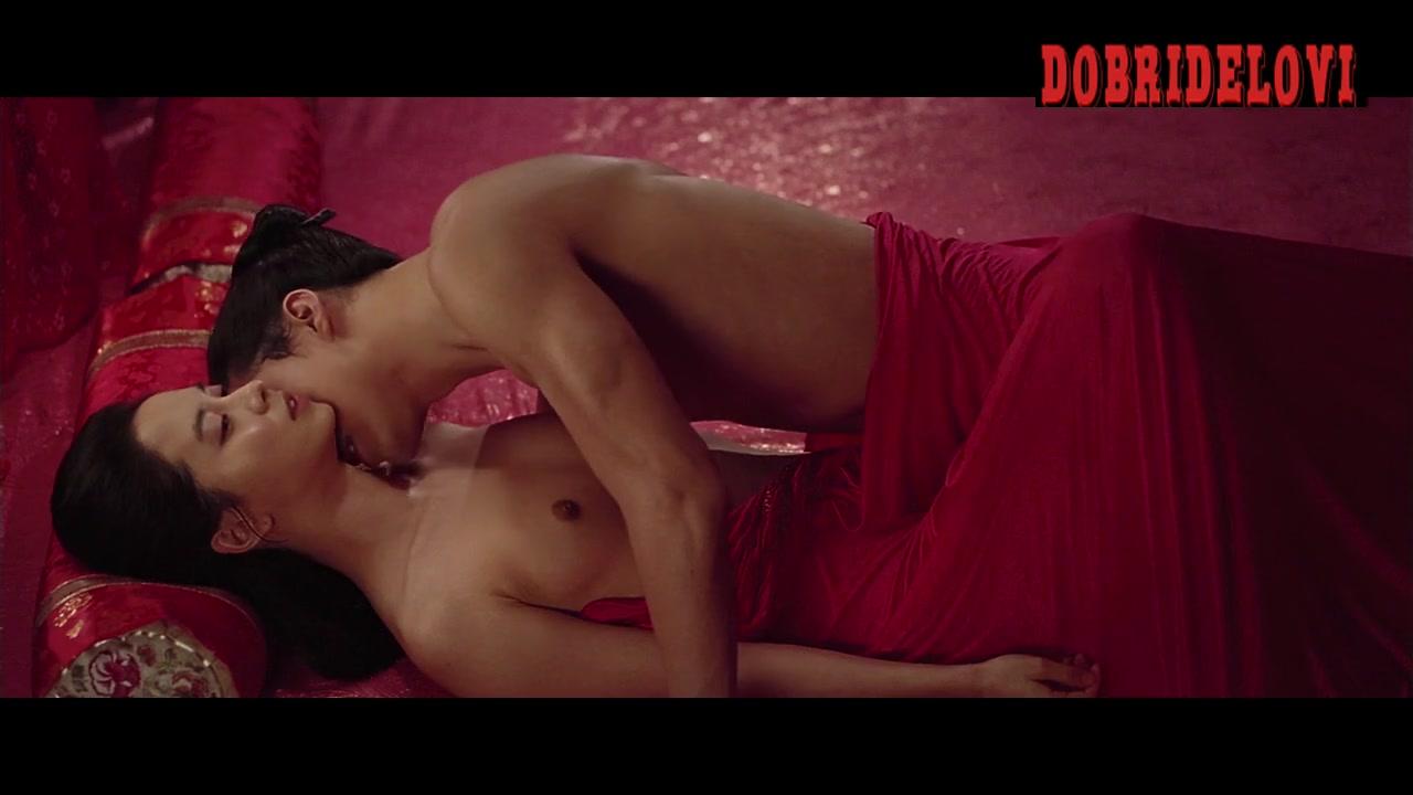 Song Ji-hyo sex on floor scene from A Frozen Flower