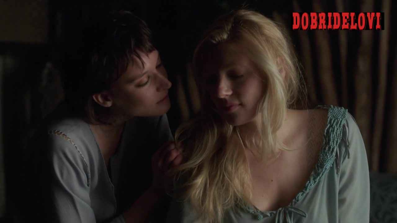Katheryn Winnick and Josefin Asplund lesbian scene from Vikings