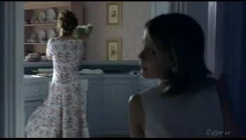Kathleen Quinlan screentime - Lawn Dogs