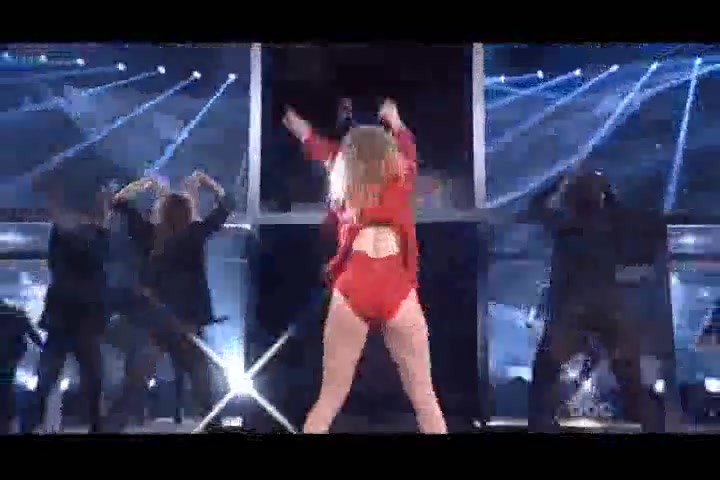 Jennifer Lopez screentime - American Music Awards 2014