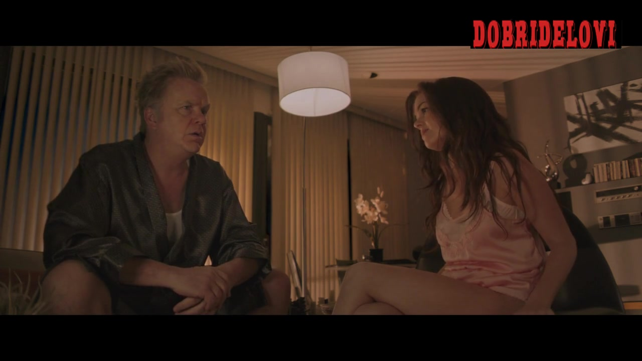 Isla Fisher pink underwear scene from Life of Crime