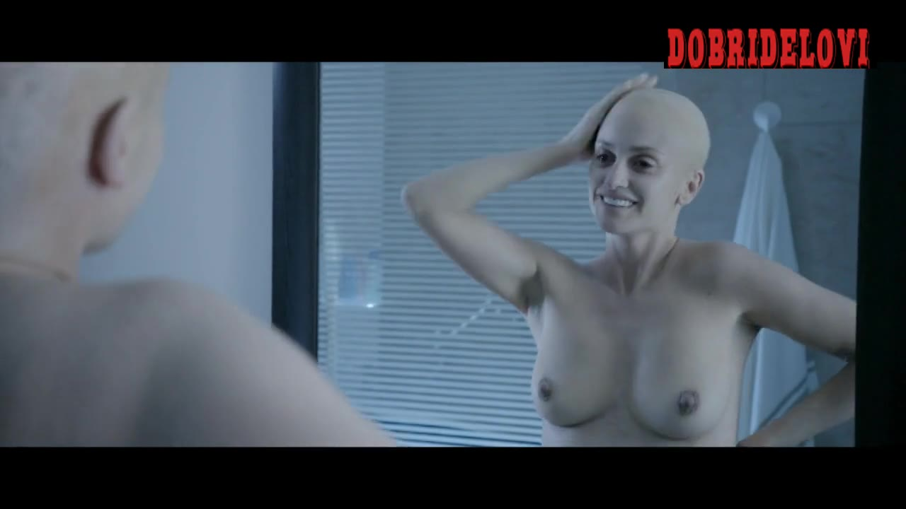 Penelope Cruz bald and nude in mirror - Ma Ma