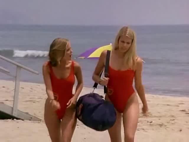 Kelly Packard sexy scene from Baywatch