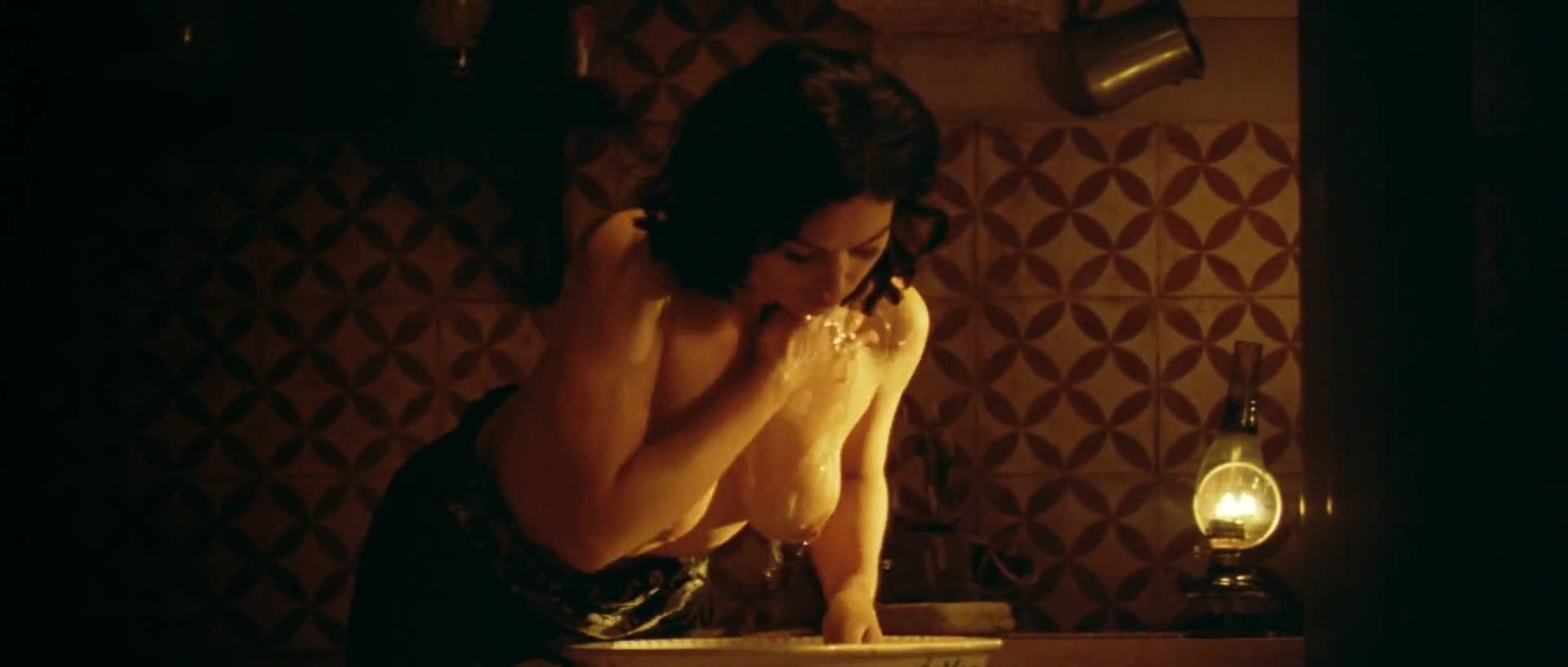Monica Bellucci nude scene in Malena