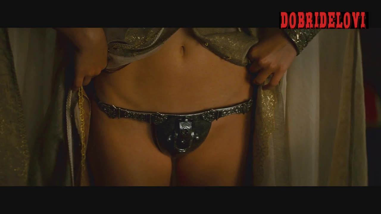Natalie Portman undresses in chastity belt -- Your Higness