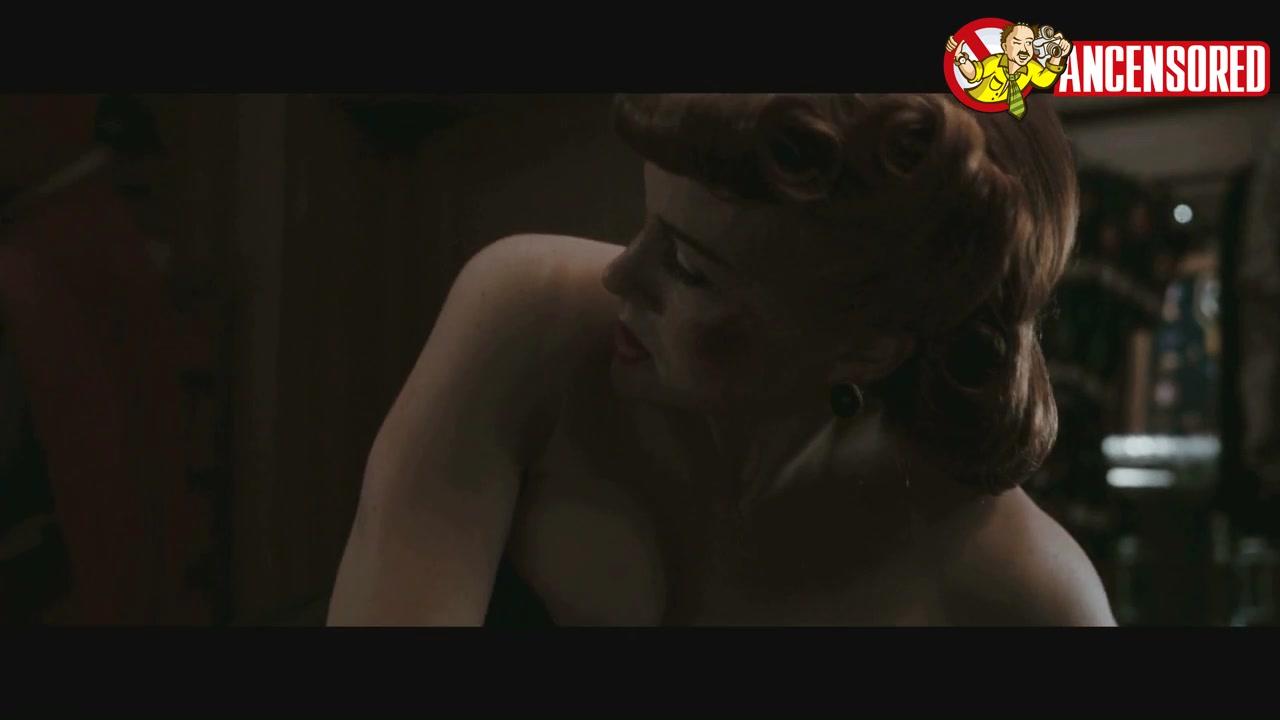 Carla Gugino looks fantastic in Watchmen