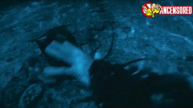 Michelle Rodriguez must watch clip - BloodRayne