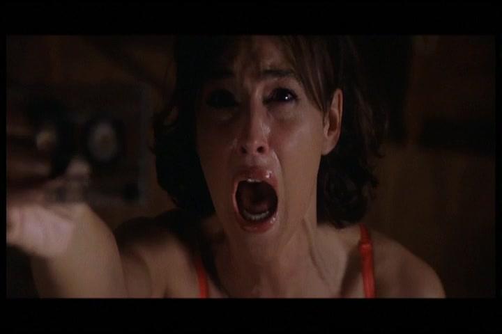 Monica Bellucci must watch clip from L Ultimo capodanno