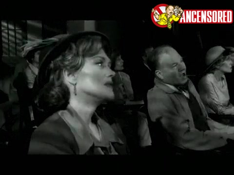 Kristen Bell screentime in Reefer Madness The Movie Musical