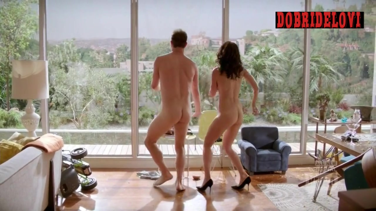 Lisa Edelstein sexy play with Paul Adelstein in Girlfriends Guide to Divorce