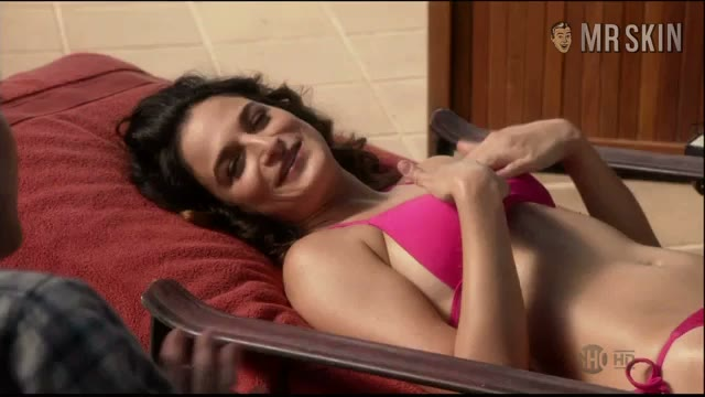 Jenny Slate bikini scene from House of Lies