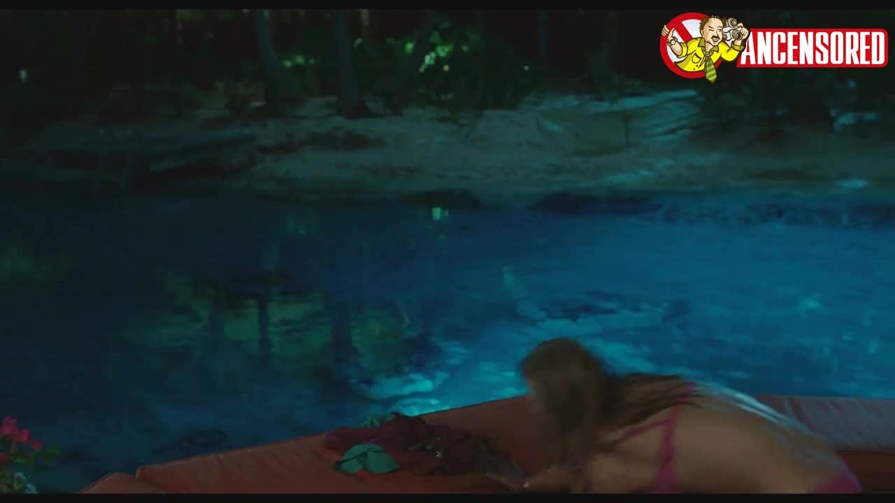 Kristen Bell scene in Couples Retreat