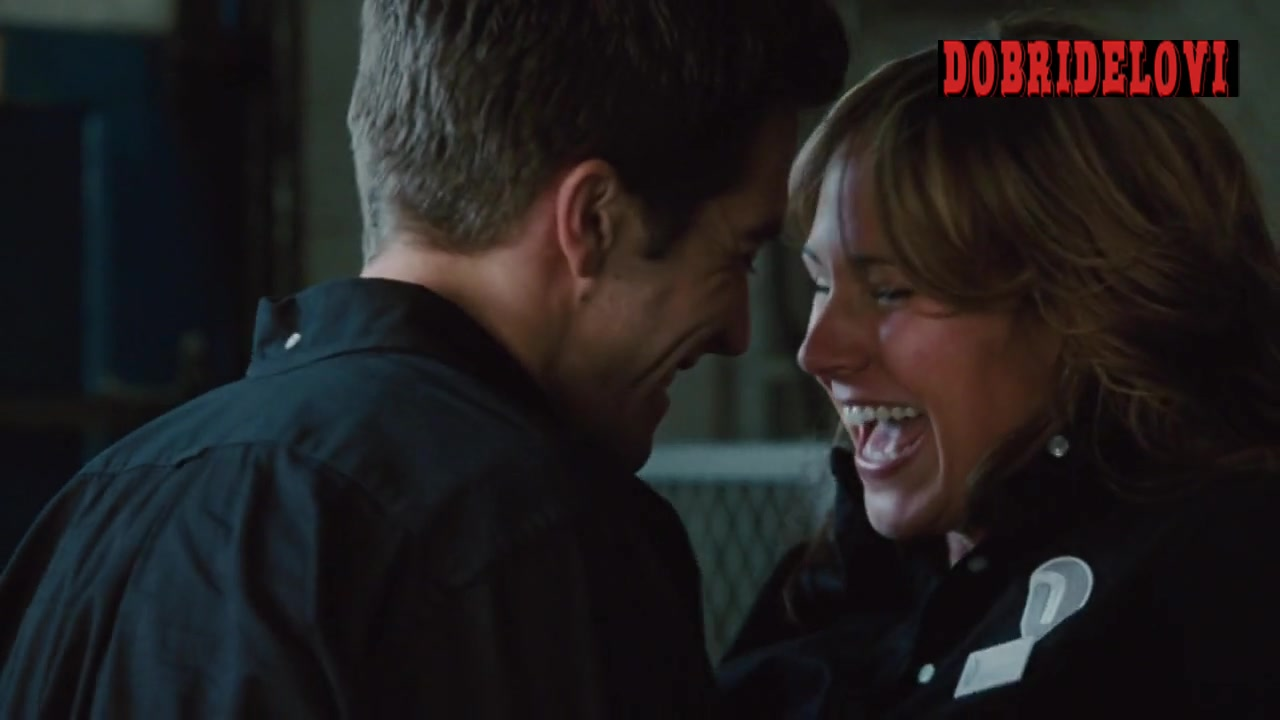 Nikki Deloach pounded by Jake Gyllenhaal in Love & Other Drugs