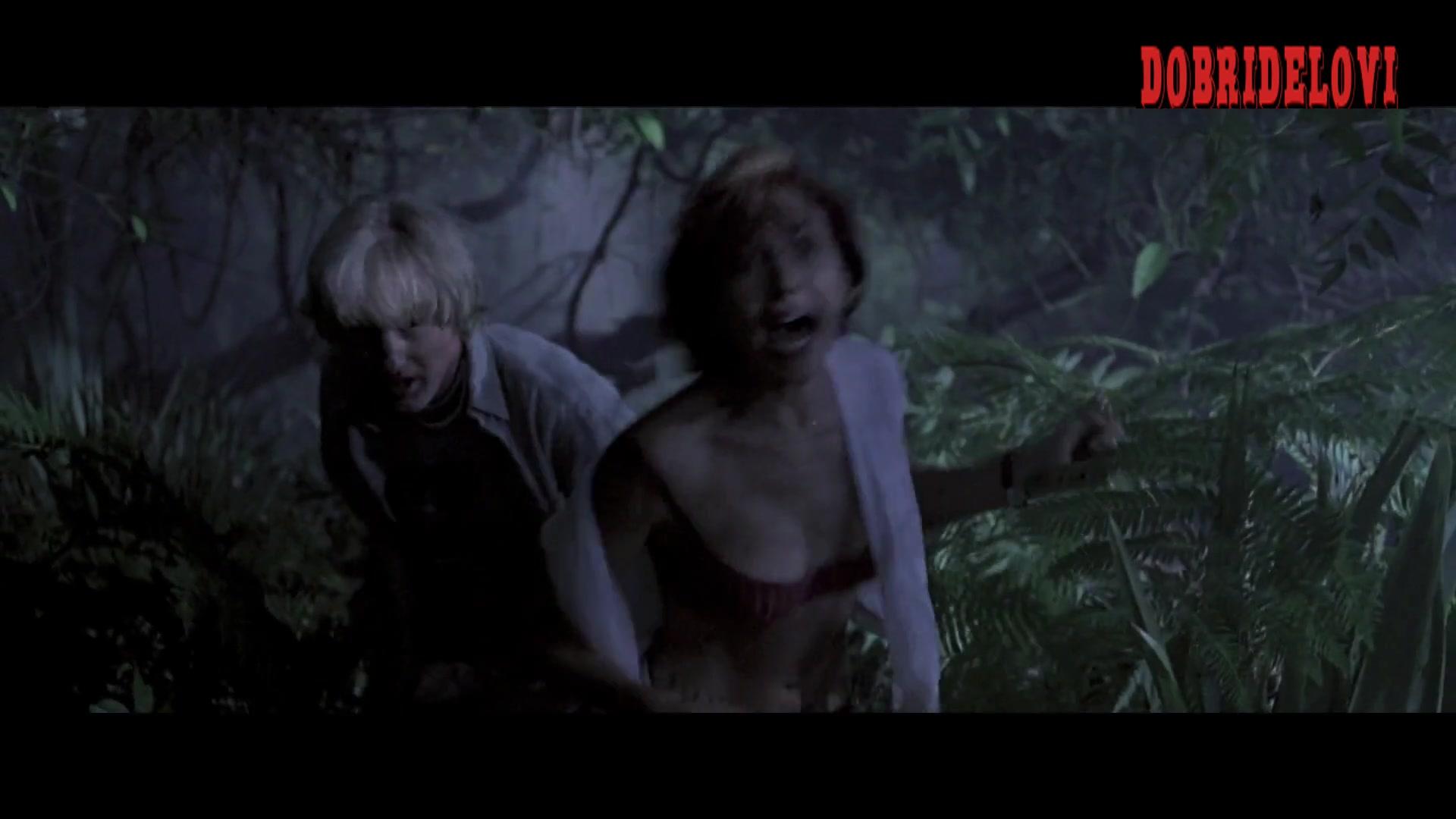 Kari Wuhrer running away scene from Anaconda