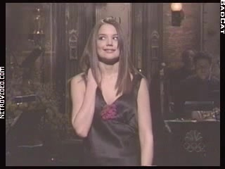 Katie Holmes must watch clip - Saturday Night Live