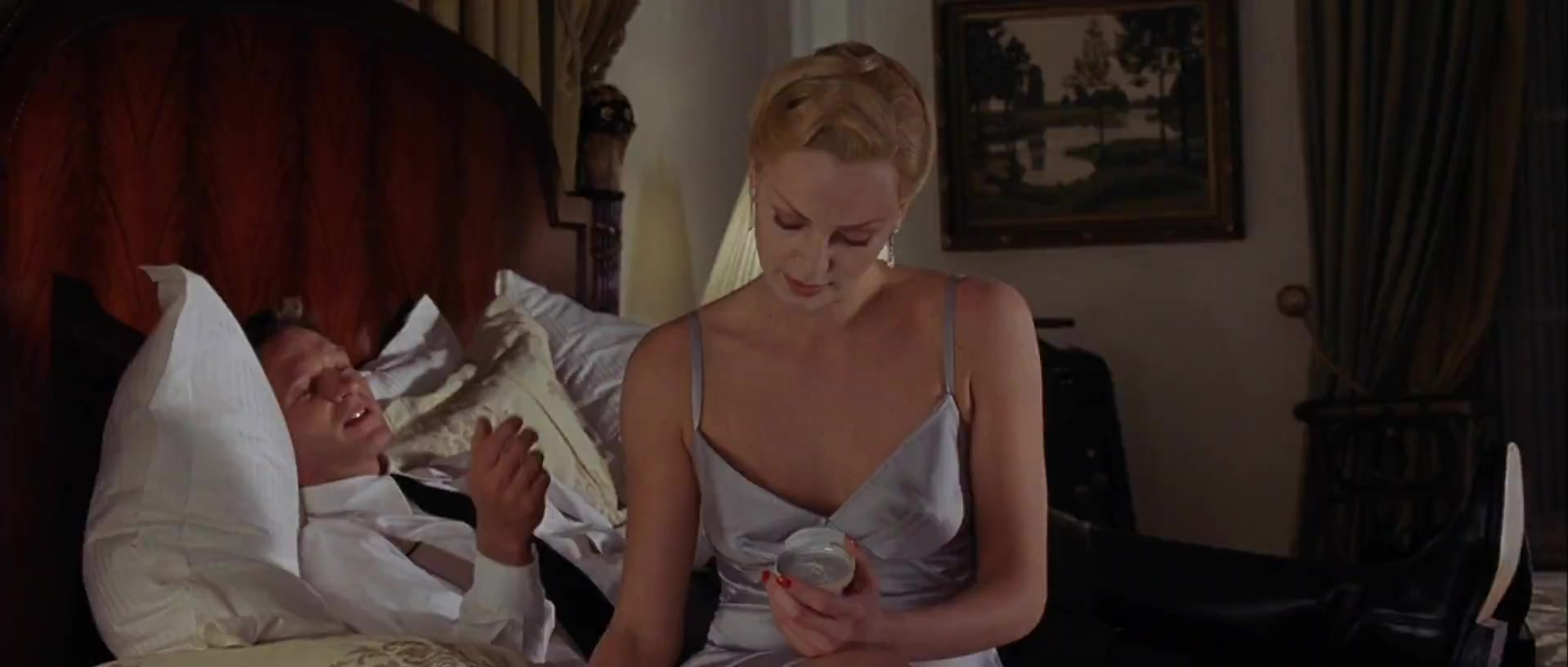 Charlize Theron scene from Head in the Clouds