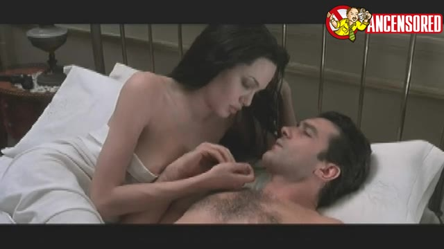 Angelina Jolie must watch clip in Original Sin