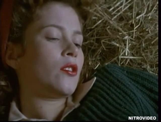 Anna Friel sexy scene - The Land Girls