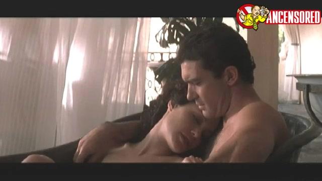 Angelina Jolie sexy scene - Original Sin