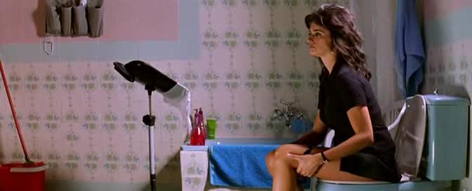 Penélope Cruz scene in Volver_48