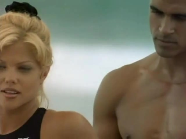 Donna D'Errico sexy scene from Baywatch