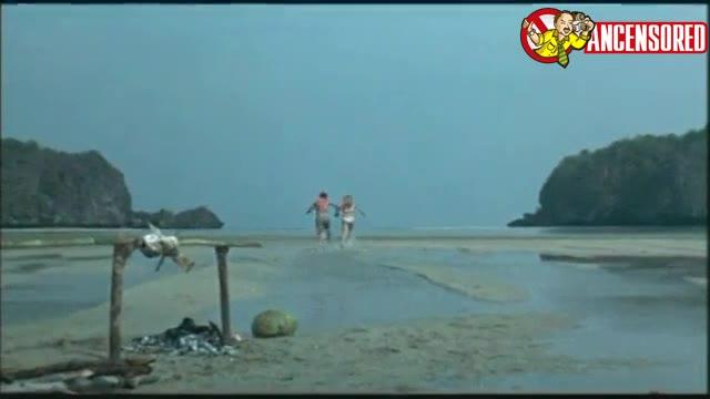 Ursula Andress scene - Les Tribulations d un chinois en Chine
