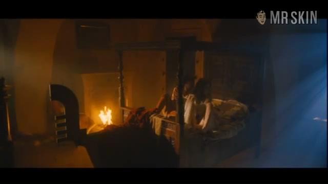 Anna Friel must watch clip from Bathory