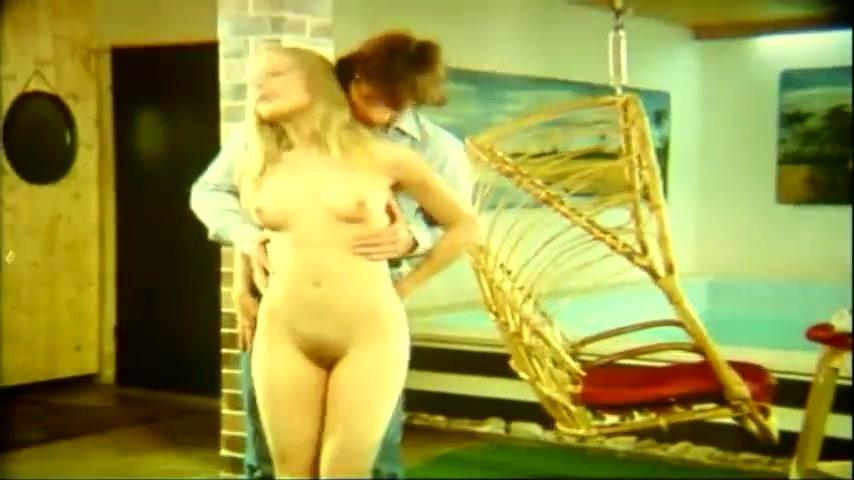 Anne Magle scene - heisse feigen video image