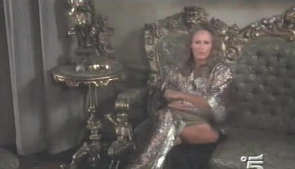 Ursula Andress looks fantastic in Doppio delitto