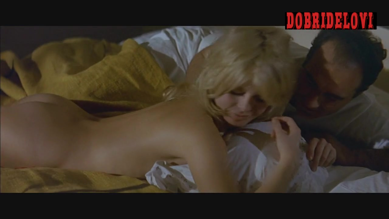 Brigitte Bardot lays nude in bed as opening shot in Contempt