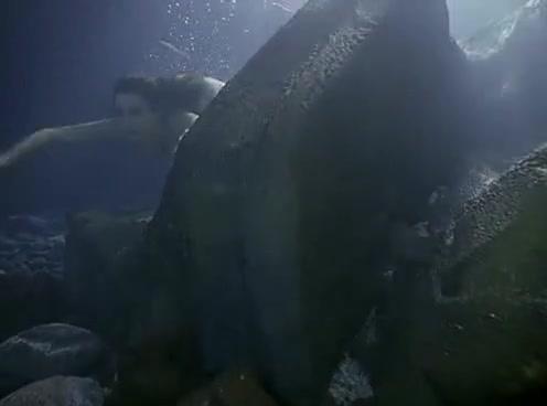 Rochelle Swanson sexy scene in Baywatch