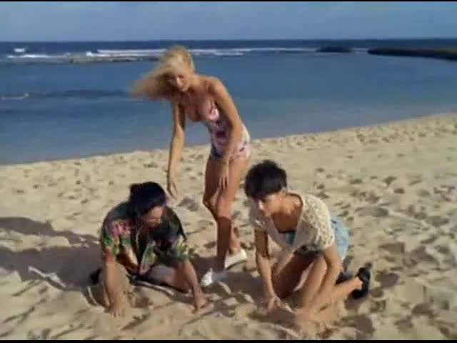Heidi Mark must watch clip in Baywatch