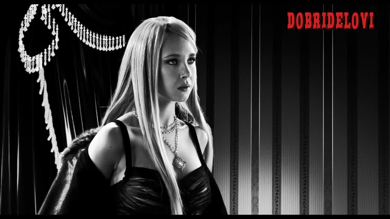 Juno Temple strips down for Ray Liotta scene from Sin City