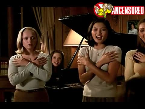 Christina Ricci sexy scene in Pumpkin