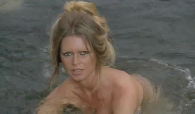 Brigitte Bardot scene in The Legend of Frenchie King (Les pétroleuses) video image