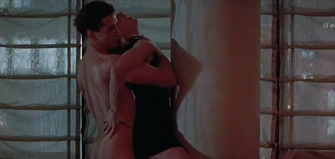 Sharon Stone gets pounded from behind by William Baldwin scene from Sliver