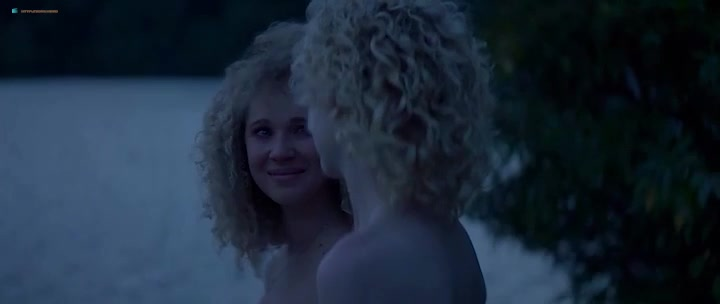 Juno Temple screentime - one percent more humid