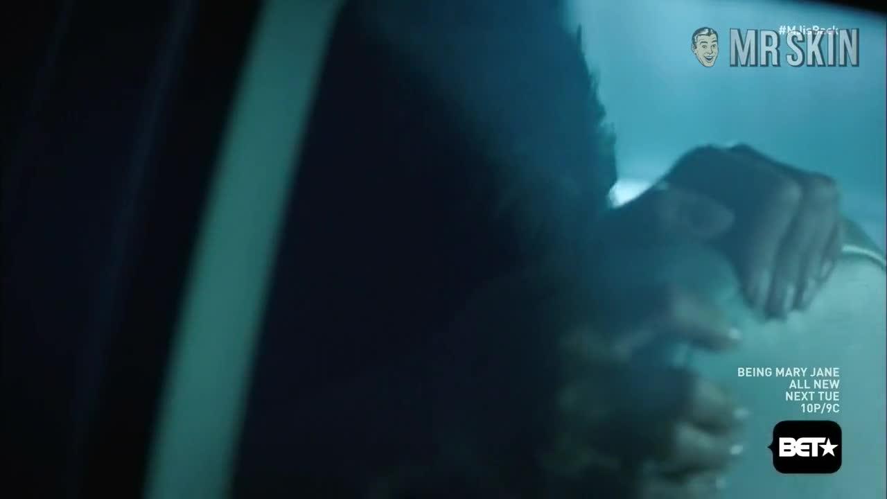 Lisa Vidal screentime - Being Mary Jane
