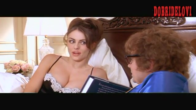 Elizabeth Hurley in bed with Mike Myers