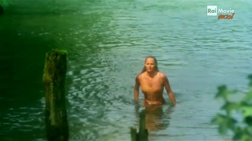 Ursula Andress must watch clip in le avventure e gli amori di scaramouche