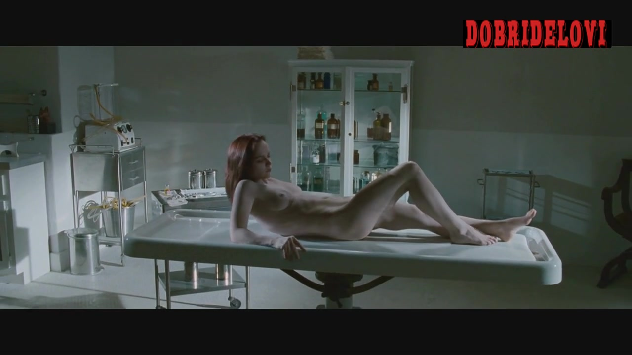 Christina Ricci nude and alive in he morgue scene from After.Life