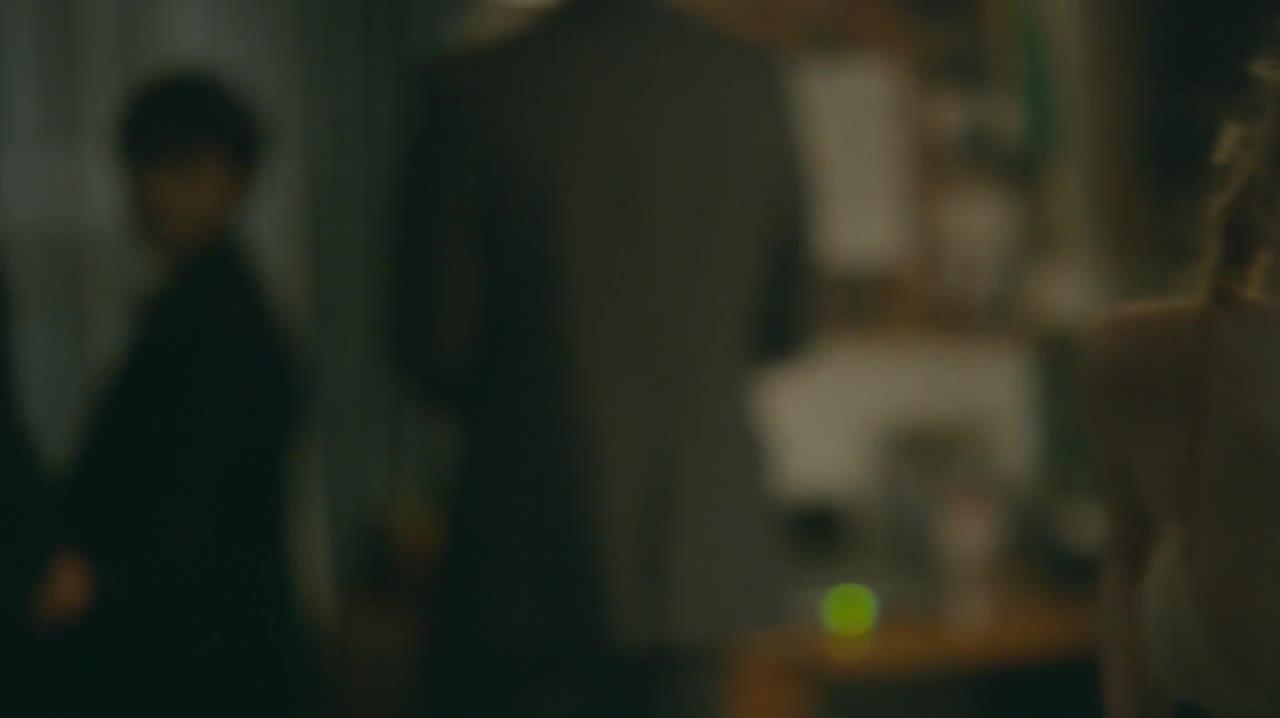 Bella Thorne sexy scene